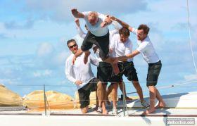 Sieger Skipper Christof Petter muss über Bord. © Tim Wright