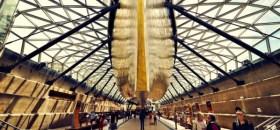 Nicht von dieser Welt? Die Cutty Sark schwebt über den Besuchern © coolist/jackson