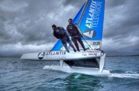 Yves Bourgnon, rekordsegeln, rund Korsika