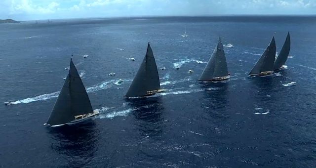 Fünf J-Class Yachten