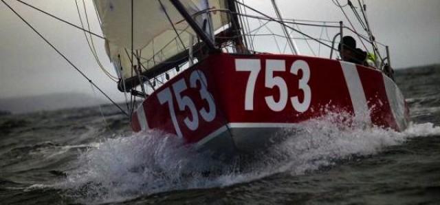 """Jörg Riechers und Pierre Brasseur puschen den Mini 6.50 """"Mare"""""""