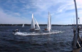Anfangs ist Team Meister (Boot 1) unter Druck. Team Kadelbach (Boot2) klebt an seinem Heck. Am Ende hat Team Meister den Start klar für sich entscheiden können © TH