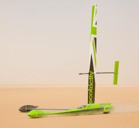 Auf diesem Gefährt stellte der Saildrone-Macher Jenkins mit 200 km/h den WR für segelangetriebene Fahrzeuge auf © saildrone
