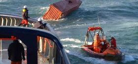 Container, über Bord