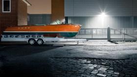 """Restaurierung DDR Meisterschafts-Pirat """"Urquell""""   Die neulich überholte Riva Tritone 244 ist die Pflicht des Bootsbauers Alexander Mühle-Corcoran © Nicole Werner"""