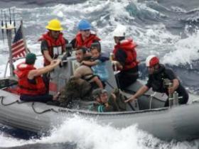 Die US-Navy rettete sie schließlich auf hoher see © US Navy