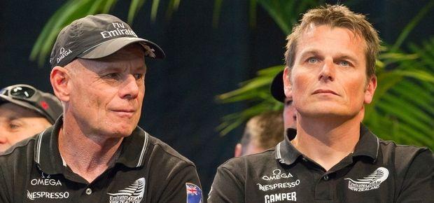 Grant Dalton (l.) und Dean Barker haben sich offenbar nur noch wenig zu sagen. © TNZ