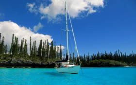 ile des Pins in der suedliche Lagune Neukaledoniens
