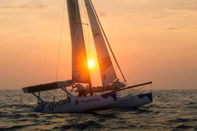 Erster Sonnenuntergang wieder auf See © colloud