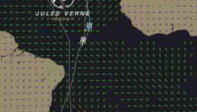 Spindrift findet offenbar sehr guten Wind in der notorischen Flautenzone und fürhrt it 244 Meilen.