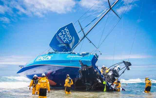Bild eines Desasters. Der Verlust von Vestas beim Volvo Ocean Race. © Brian Carlin