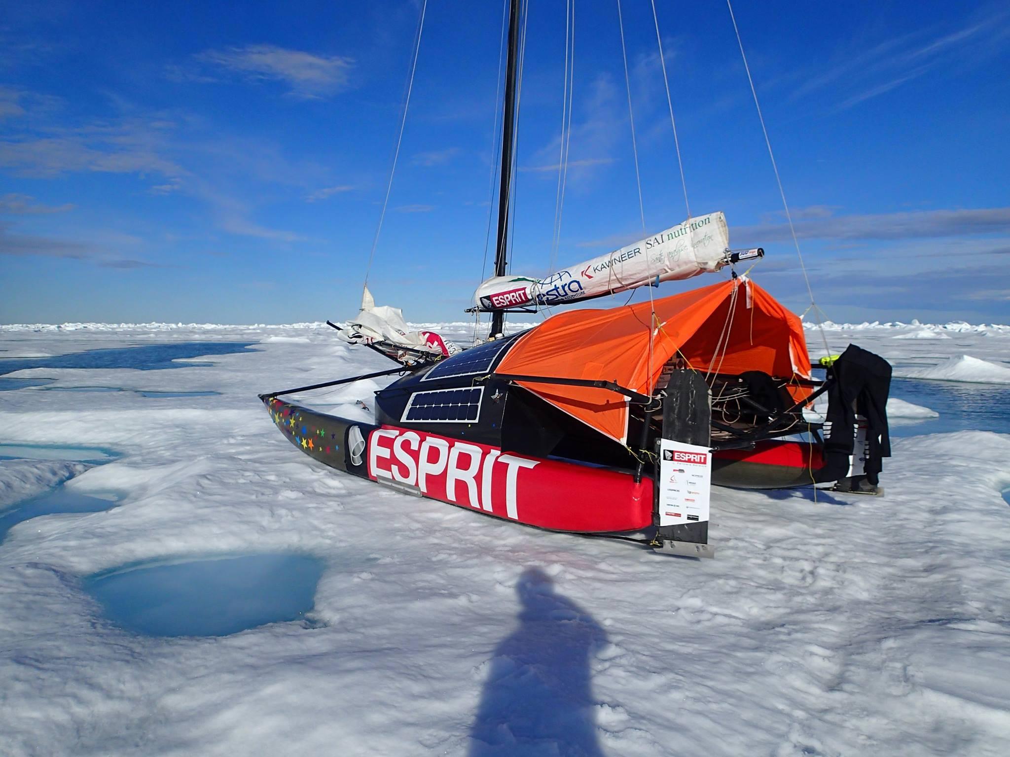 Segel katamaran innen  Abenteuer: Unter Segeln zum Nordpol   SegelReporter