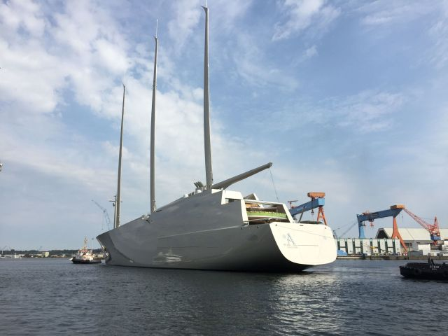 Sailing Yacht A, Übergabe