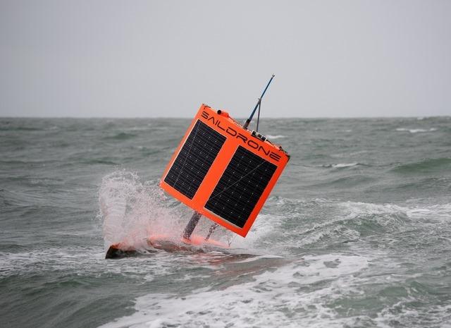 Segel-Roboter: Unbemannte Antarktis-Umseglung – Speed-Spezialist mit Saildrone erfolgreich | SegelReporter