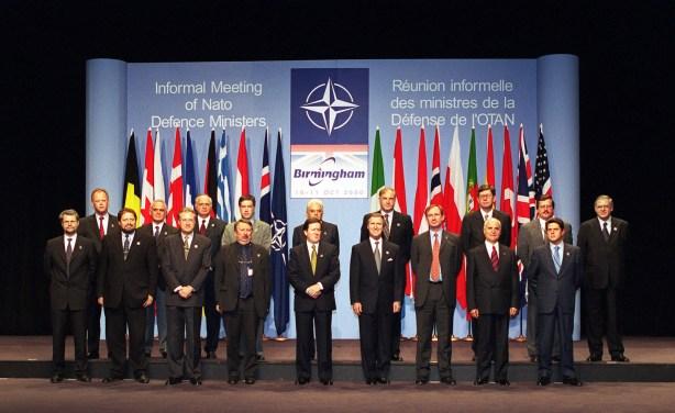 aliança militar otan defesa cibernética