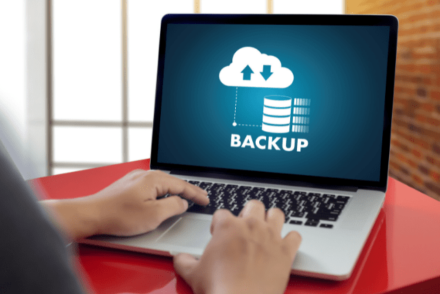 De acordo com um relatório de pesquisa de ransomware divulgado em junho pela Keeper Security, 49% das empresas atingidas por ransomware pagaram o resgate - e outros 22% se recusaram a dizer se pagaram ou não. Parte do motivo é a falta de backups - especificamente, a falta de backups utilizáveis.