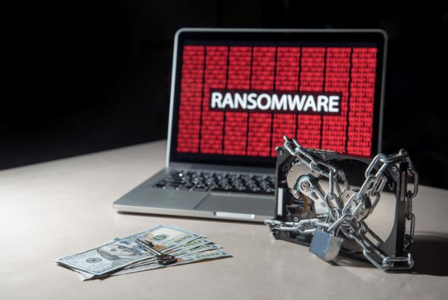 O Presidente dos Estados Unidos da América, Joe Biden, anunciou planos para realizar uma reunião com representantes de 30 países diferentes no final deste mês para discutir ransomware e outras questões de segurança cibernética.