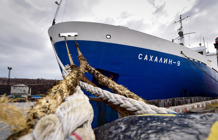 Прокуратура и ФАС проверят главный порт Сахалина, блокирующий работу местных компаний