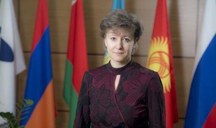 Министр по торговле ЕЭК Вероника Никишина покидает пост