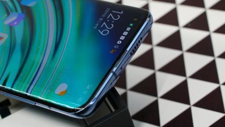 Xiaomi согласилась предустанавливать российское ПО на свои устройства