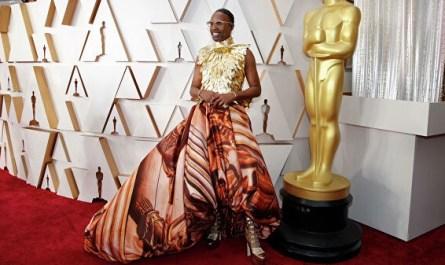 """Американский актер пришел на """"Оскар"""" в платье и на каблуках"""