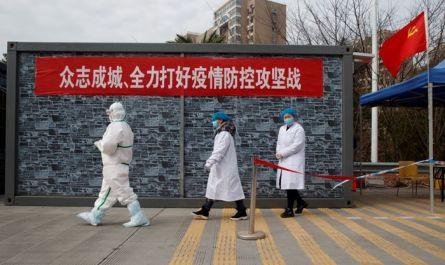 Число больных пневмонией нового типа в Китае превысило 14 тыс. человек