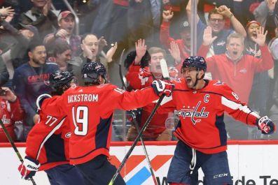 Очередной хет-трик Овечкина вывел его в лидеры среди снайперов в НХЛ