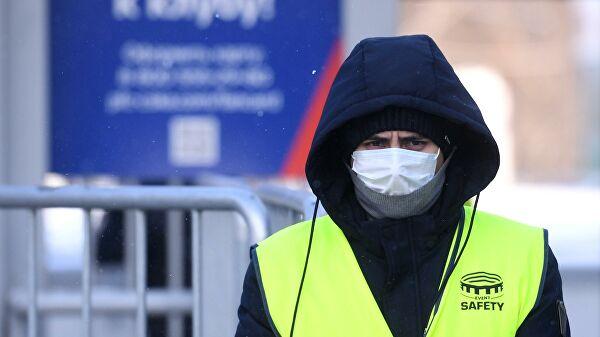 Маски, перчатки, дезинфекция: каким будет футбол в РПЛ в период пандемии