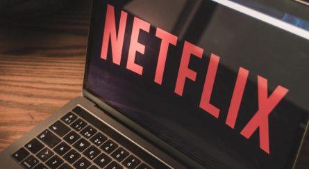 Netflix открыл бесплатный доступ к популярным фильмам и сериалам
