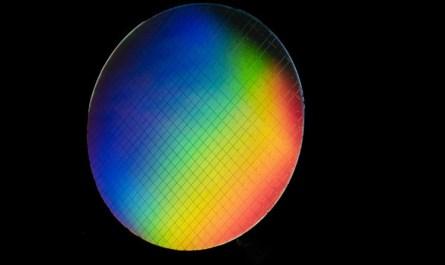 Intel и QuTech создали квантовый компьютер, работающий при температурах выше одного кельвина