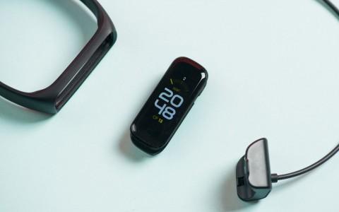 Обзор Samsung Galaxy Fit 2: как заботиться о здоровье в 2020 году
