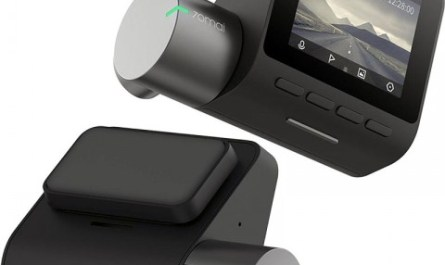 Видеорегистратор с функцией помощи водителю по выгодной цене на распродаже 11.11