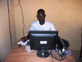 La formation continue bien dans les villages (2/4)