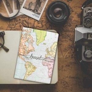 Regalos viajeros: funda de pasaporte Amazon - Seguir Viajando