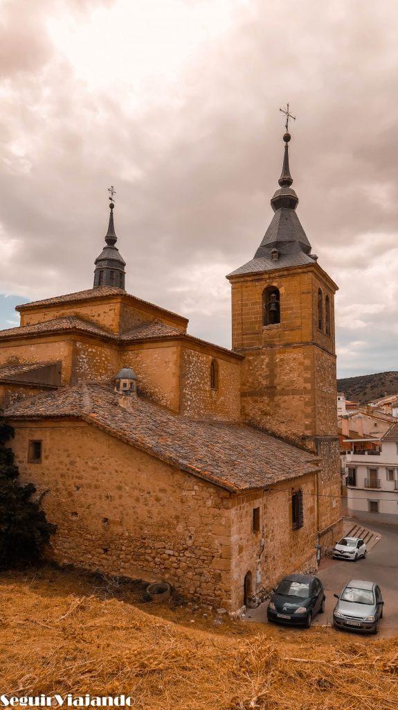 Iglesia San Juan Bautista - Qué ver en Jadraque - Seguir Viajando