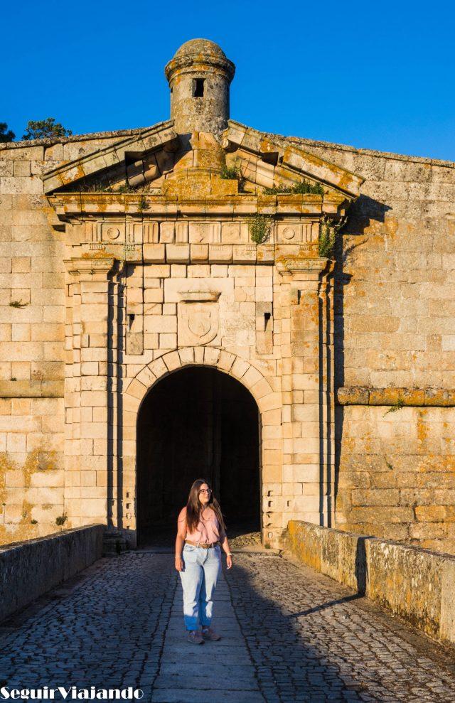 Puertas de San Antonio Almeida - Qué ver en Almeida - Seguir Viajando