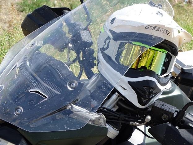 ¿Cómo comprarte unas gafas para ir en moto?