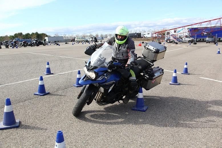 Perfeccionamiento en la conducción de motocicletas