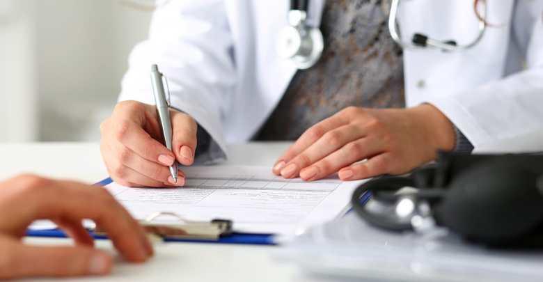 assistência médica viagem