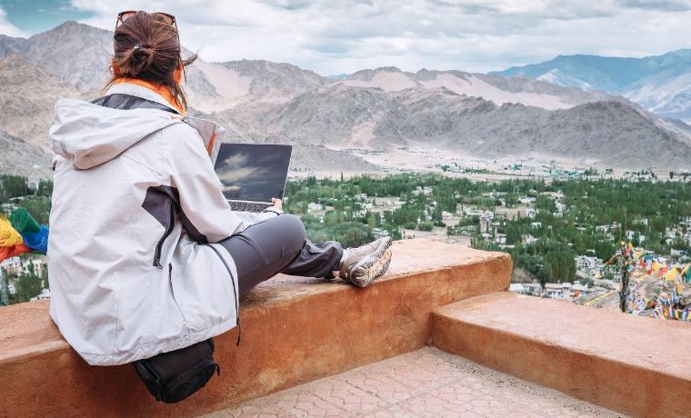 seguro viagem estudante barato notebook