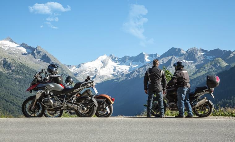 seguro_viagem_para_motociclista_montanha