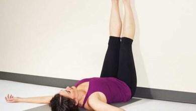 Photo of 8فوائد تتحقق برفع قدميك على الحائط لمدة 10دقائق