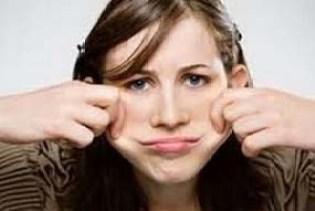 चेहरा मोटा कैसे करे, पिचके गाल का इलाज इन हिंदी