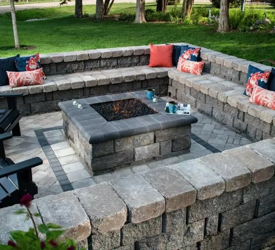 30+ Best Stone Patio Ideas for Your Outdoor Patio in Backyard on Square Patio Designs  id=21196