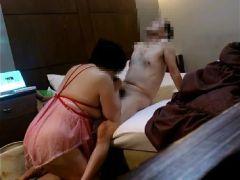 豊満な五十路熟女の妻と夫がラブホテルで夫婦の営みを記録したビデオ