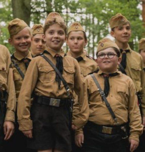 ジョジョラビット,ヒトラーユーゲント,10歳