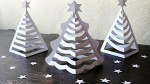 切り紙のクリスマスツリー