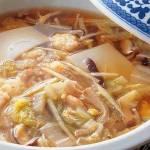 お雑煮の変わり種 少し変わった和風、中国風、エスニック風、洋風のレシピを紹介します