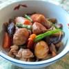 鶏肉と根菜の煮込みに栗を入れてみたらほんのり甘くてホクホク♪
