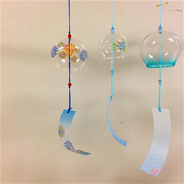 原島拓也作曲「胡蝶」小道具の風鈴の写真